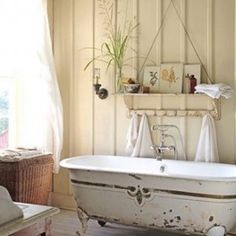 Small Bathroom Makeovers Shabby Chic With Old Vintage Clawfoot Tub And Wall Hanging Shelf And With Rug , Ideas for Small Bathroom Makeovers ...
