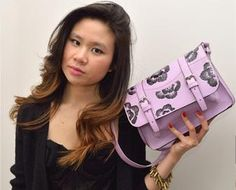 studs and pearls: diy: Painted Floral Purse