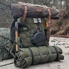 Bushcraft Backpack, Bushcraft Gear, Bushcraft Camping, Camping And Hiking, Camping Survival, Outdoor Survival, Hiking Gear, Survival Gear, Survival Skills