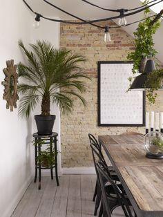 Meuble en bois brut, ambiance nature || Mélange meuble en bois brut et esprit indus