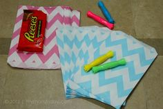paper favor bags in chevron print!