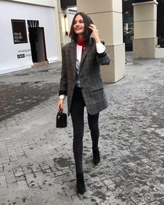 Fall Outfits, How To Look Better, Fall Winter, Autumn, Fur Coat, Actresses, Street Style, Style Inspiration, Chic