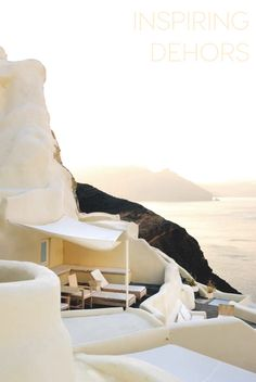 Mystique Resort, Santorini, Greece HomeStyleBloggers never go on vacation, maybe you've guessed this while wandering in the net… and this Monday for the usual Made in Italy space I&#821…