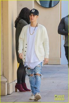 Justin Bieber Plays Beethoven in Beverly Hills - Watch The Vid!: Photo #915253. Justin Bieber heads out of lunch with Corey Gamble while out on Thursday afternoon (January 14) in Beverly Hills, Calif.    The two friends stopped by Bouchon bistro…