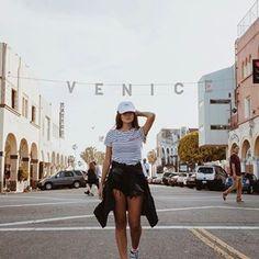 Tem Vlog novo no canal, mostrando 2 lugares super legais pra conhecer em Los Angeles  Aproveitei pra mostrar o último dia do Coachella. Vai lá conferir: www.youtube.com/viihrocha