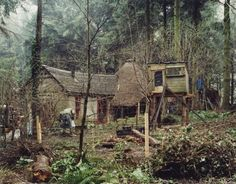 David Spero, Settlements, Communal kitchen, roundhouse and chicken coop, Tinkers Bubble, Somerset, February 2005