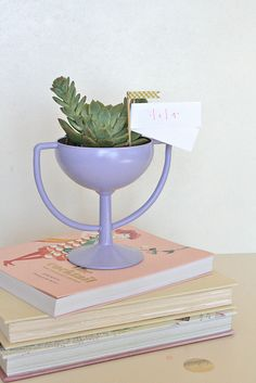 trophy-diy by youaremyfave, via Flickr