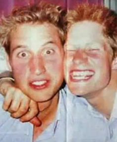 Royal Brothers in a very candid shot. Prince William and Prince Harry in a photo… Prince William Et Kate, Prince Harry And Meghan, Prince Charles, Duke William, Prince And Princess, Princess Kate, Princess Charlotte, Diana Son, Lady Diana