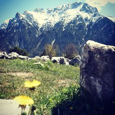 #bergsüchtig #mountains #werdenfelserland #photography #nikon #bluesky #sun #spring #bavariansky #karwendel #mittenwald #mountainlove #gipfelglück #bergliebe
