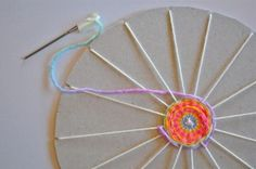 Tutorial : Circular Weaving Craft for Kids