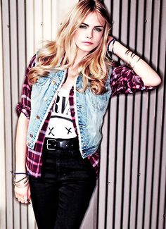 Find images and videos about model, blonde and cara delevingne on We Heart It - the app to get lost in what you love. Estilo Grunge, Soft Grunge, Grunge Style, Fashion Brand, Fashion Models, Cara Delevingne Style, Alternative Rock, Indie, Hipster