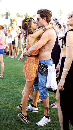 GOALS. Sarah Hyland and Dominic Sherwood looking beyond cute. GAHHH.    - Sugarscape.com