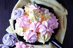 Jell-O Meringues Cookies! Mounds of pillow soft meringue is whipped to perfection, enhanced with your favorite Jell-O flavor, and piped into pretty shapes! These Jell-O Meringues are fun to make and…
