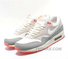 2de7fa1f0666 94 Best Nike Air Max 1 Womens images