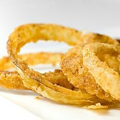 Unable to get to my favorite fast food restaurant I made these crispy, salty and slightly sweet buttermilk Walla Walla onion rings at home.