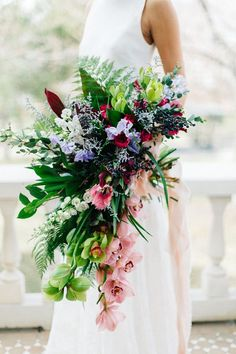 romantic tropical bouquet with a modern touch Cascading Wedding Bouquets, Cascade Bouquet, Bride Bouquets, Flower Bouquet Wedding, Bridesmaid Bouquet, Floral Wedding, Bouquet Flowers, Fall Wedding, Boutonnieres