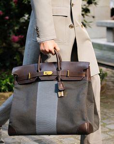 Moda Do Momento, Fashion Bags, Fashion Accessories, Gq Fashion, Paris Fashion, Fashion Shoes, Hermes Paris, Mens Fashion Week, Beautiful Bags