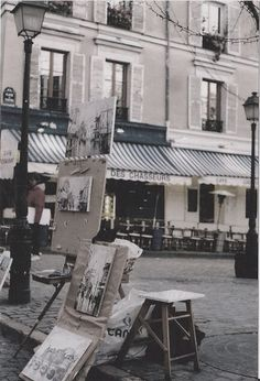 Montmartre Quarter, Place de Tertre, Paris XVIII - done ! Montmartre Paris, Oh Paris, I Love Paris, Paris Pics, Paris Travel, France Travel, Ansel Adams, Monaco, Places To Travel