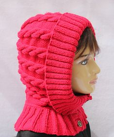 This hood curves around the back of the head in a smoothly rounded shape—no pixie point—yet it has enough ease to avoid flattening your hair. Wear it up on cold and windy days, outside of your coat or tucked inside, or pull it down as a neck warmer. Christmas Knitting Patterns, Knitting Patterns Free, Free Knitting, Baby Hats Knitting, Knitted Hats, Baby Girl Clipart, Fox Scarf, Crochet Cap, Neck Warmer