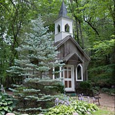 "Chapel ... ""Little Brown Church in the Wildwood"""