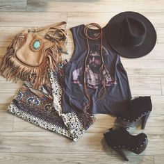 Feather and Skull — ⋆ψʌʏɩɵɲ ψϵɖɳϵςɖʌʏ⋆   new @featherandskull Ramble...