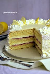 Opowieści z piekarnika: Tort cytrynowy Pastry Recipes, Baking Recipes, Cake Recipes, Potica Bread Recipe, Plum Cake, Types Of Cakes, Polish Recipes, Pastry Cake, Cakes And More