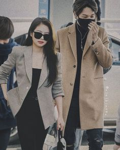 Exo Kai, Chanyeol, K Pop, Exo Couple, Jennie Kim Blackpink, Kpop Couples, Kpop Guys, Couple Photos, Lisa