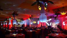 Anniversaire d'entreprise - décor contemporain - Chateau Montebello Decoration, Concert, Contemporary Home Decor, Business, Birthday, Decorating, Recital, Dekorasyon, Concerts
