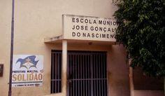 Merendeira desmaia por trabalhar doente em escola de Solidão - PE | S1 Notícias