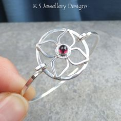 Hey, I found this really awesome Etsy listing at https://www.etsy.com/listing/220696307/rhodolite-garnet-sterling-silver-wire