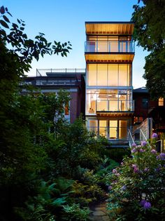 Urban Ravine House's Contemporary Revival And Enlargement.
