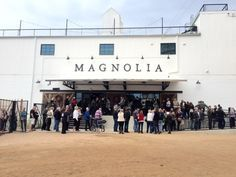 Have you been dying to visit Magnolia Market????  This is a FULL TOUR of the store and silos!!  11gables.blogspot.com