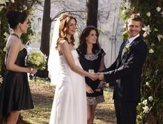 Lucas (Chad Michael Murray) and Peyton (Hilarie Burton) and all their closest pals make for one beautiful bridal party.  Photo courtesy of The CW