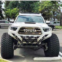 Everything Toyota's: Featuring 👉🏻 ___________________________ . Jacked Up Trucks, Ford Pickup Trucks, Toyota Trucks, Jeep Truck, 4x4 Trucks, Custom Trucks, Cool Trucks, Chevy Trucks, Toyota Tacoma 4x4