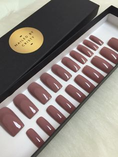 Press on nails in a beautiful Mauve Nude polish that looks great with everything and every skin tone. Available in any shape & size. Choose a 10 Nail set or a Full Set of 20 nails (All Sizes) if unsure of sizing. Sizes: XS, S, M, L XS: THUMB 3, POINT 6, MIDDLE 5, RING 7, PINKY 9 S: THUMB 2, POINT 5, MIDDLE 4, RING 6, PINKY 9 M: THUMB 1, POINT 5, MIDDLE 4, RING 6, PINKY 8 L: THUMB 0, POINT 4, MIDDLE 3, RING 5, PINKY 7 FULL SET: You receive 20 nails size 0-9. With your order you will ...