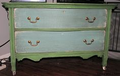 Antibes and Provence Chalk Paint® decorative paint by Annie Sloan