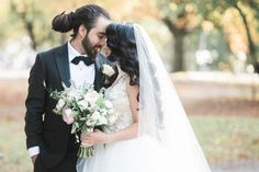 """A great review from bride Brenda 👰🏻: """"I was so lucky to find H.E.B. Brittany helped me choose the right veil and it came just in time for my big day. The veil was in PERFECT condition and was a beautiful addition to my look."""" Borrow NOW 👉🏻 https://www.happilyeverborrowed.com/products/dream-veil?variant=33795308306 #keepcalmborrowon"""