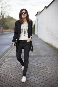 De concierto. Street style outfits. Looks de street style. Fashion Blogger.
