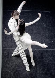 La Prisonniere  Lucia Lacarra Staatsballett Berlin ♥ www.thewonderfulworldofdance.com #ballet #dance