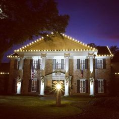 Baylor's Albritton House (home of President Ken Starr) all decked out for Christmas.