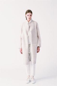 BLOGGED: In case you're thinking about coats (which I know you're not, but humour me)... may I recommend Sofie D'Hoore