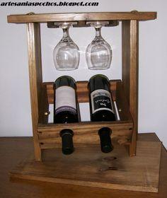 Hermosas vinotecas para dos botellas, con base o sin ella. Con cenicero (opcional), portadestapador.  Varios colores.