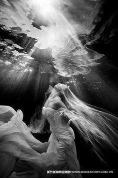 綺麗の美 水中婚紗攝影