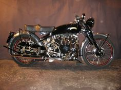 Google Image Result for http://motorbike-search-engine.co.uk/classic_bikes/1950_vincent_black_shadow.jpg