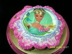 PIPIN CUPCAKES: BARBIE CUPCAKE CAKES