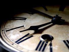Old+Clock+Macro+Photography.jpg (1600×1200)