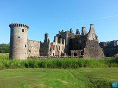 One of the few remaining moated castles, Caerlaverock. #castles  http://www.locomotionscotland.co.uk/caerlaverock-castle-scotland/
