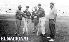 Andrés Galarraga y Omar Vizquel, peloteros del equipo de los Leones del Caracas. Caracas, 24-01-1993 (SF / ARCHIVO EL NACIONAL)