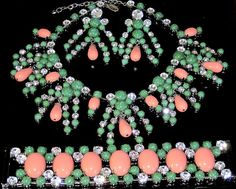 SCAASI Amazing Coral & Green Cabochon Rhinestone Necklace Bracelet Earring Set