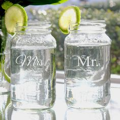 Wedding gift idea - Mr and Mrs Mason Jar